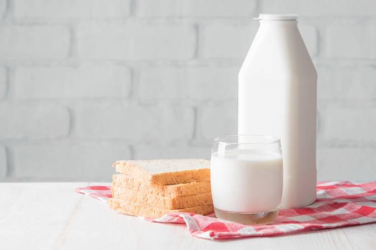 Bread and Milk pack to remove sun tan